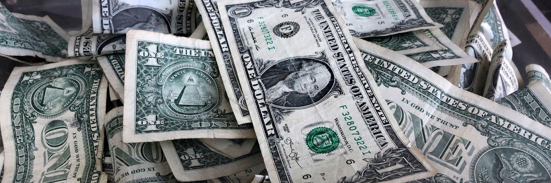 Header - ado les plus riches