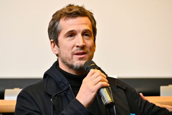 Guillaume Canet micro
