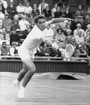 1964 Santana remporte roland garros