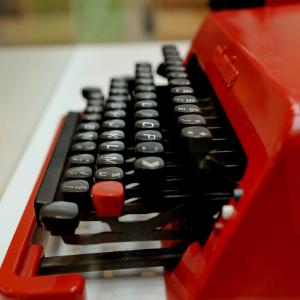 Machine à écrire Olivetti Valentine