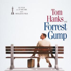 Tom Hanks reçoit un Oscar pour Forrest Gump