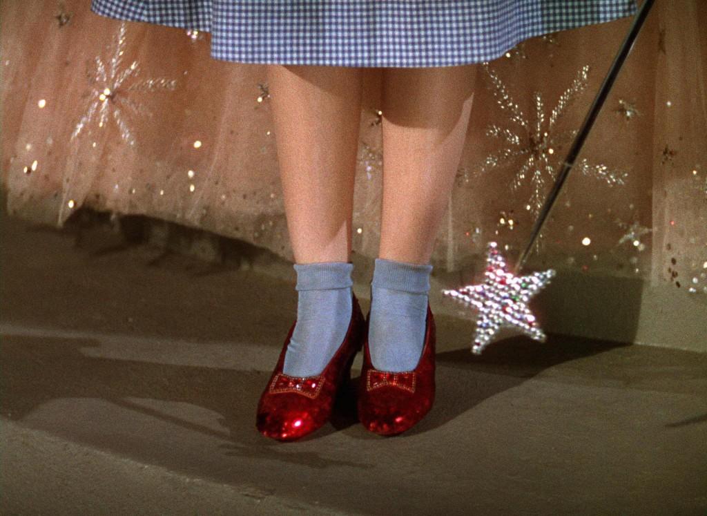 """souliers rouges Dorothy du film """"Le magicien d'Oz"""""""