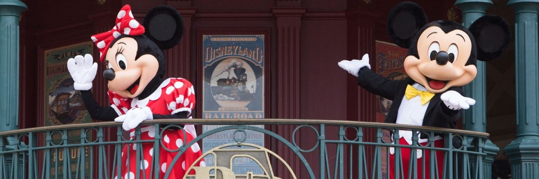 mickey et minnie au balcon