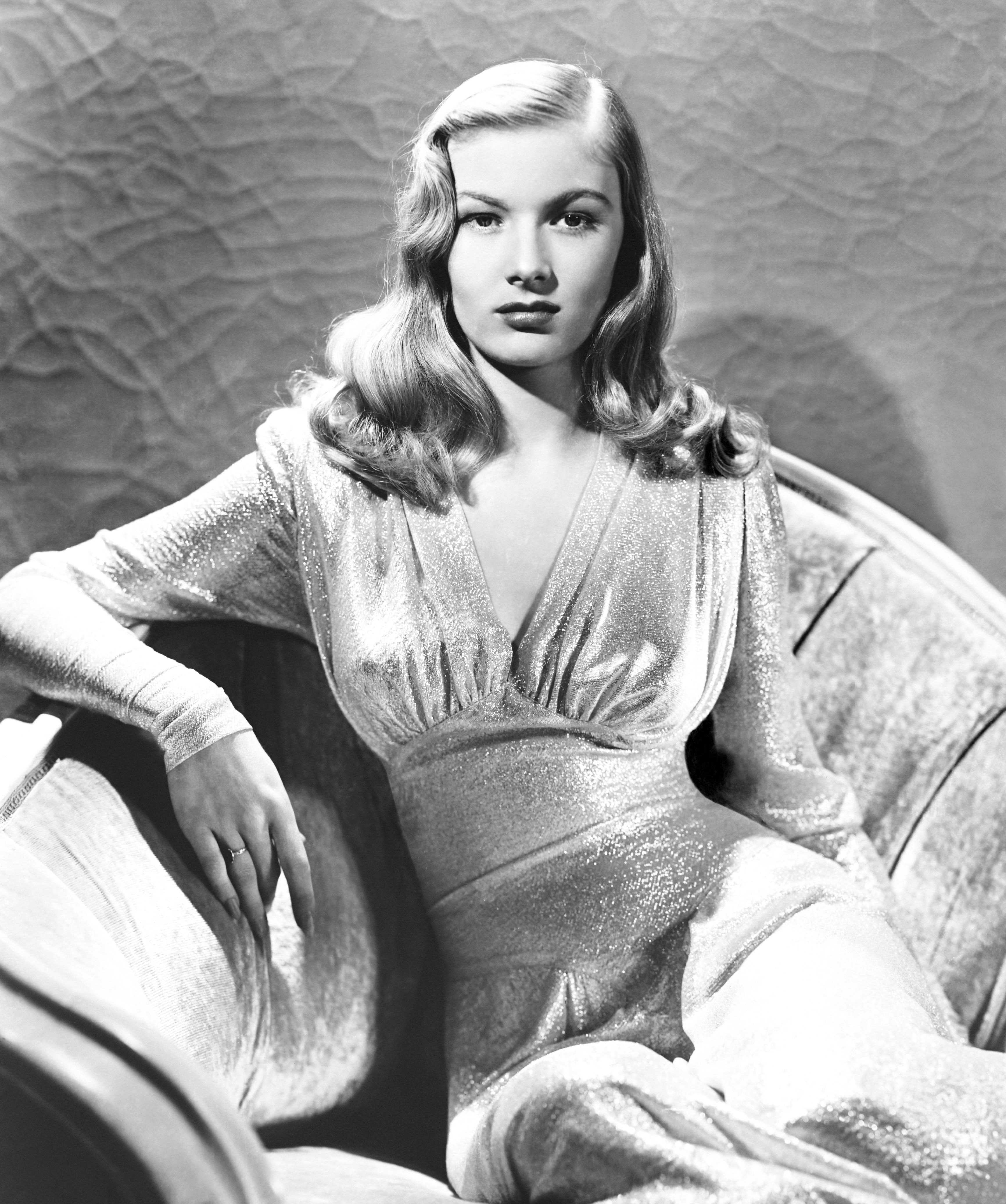 This Gun For Hire, Veronica Lake, In A Gown By Edith Head, 1942