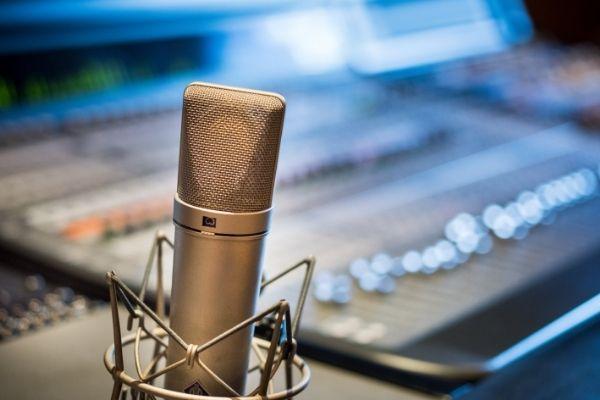 Crewbooking : la plateforme qui aide les professionnels de l'audiovisuel