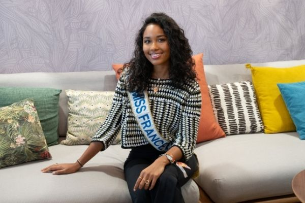 Clémence Botino Miss France 2020