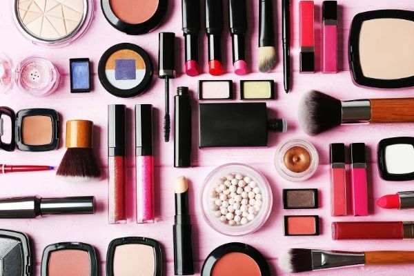 assortiment maquillage