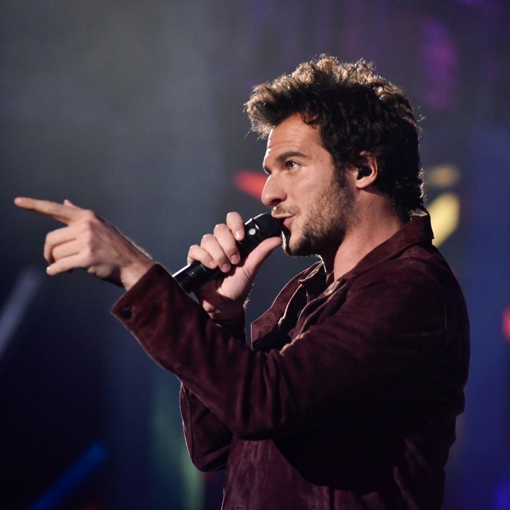Amir qui chante