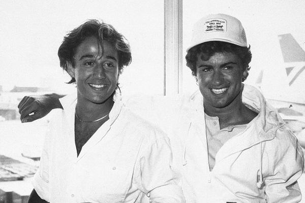 George Michael et Andrew Ridgely en noir et blanc