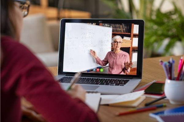 Ecole en ligne visio-conférence zoom