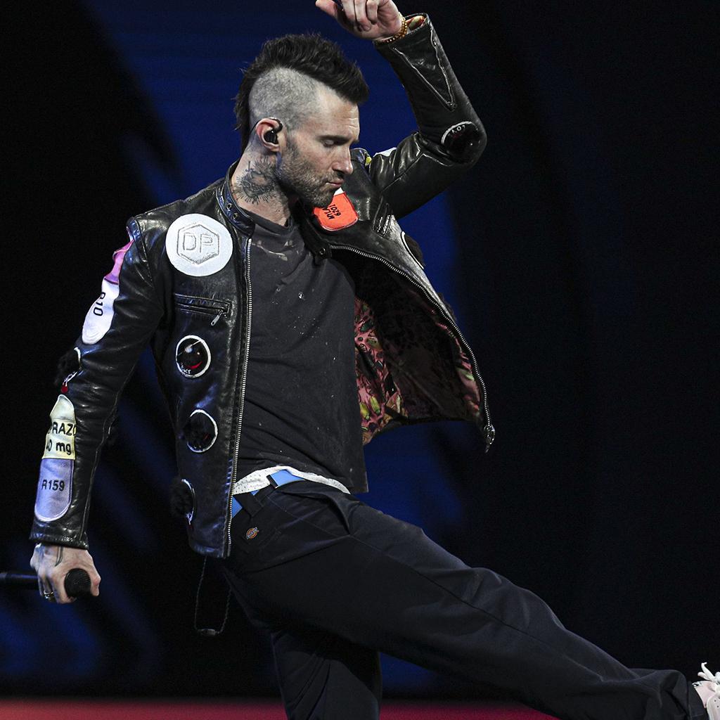 Adam Levine sur scène