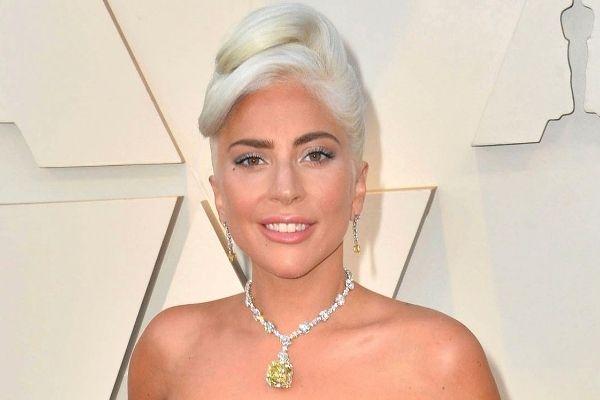 Lady Gaga 2710
