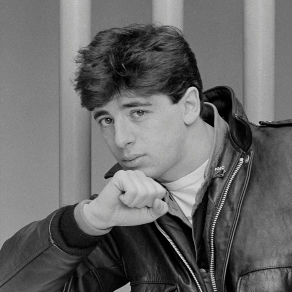 Patrick Bruel en 1979 (Chérie)